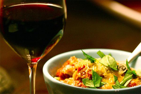 Como harmonizar massa e vinho